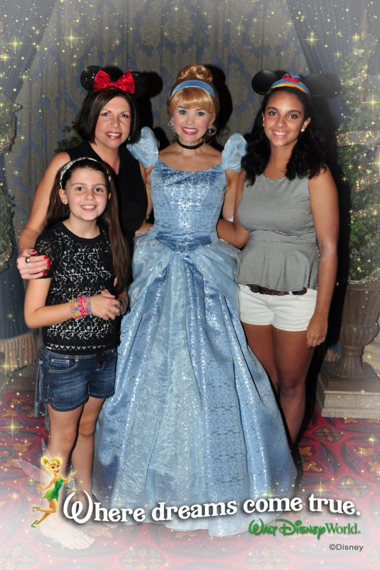 Cinderella\'s Royal Table- 10 Things You Need to Know!